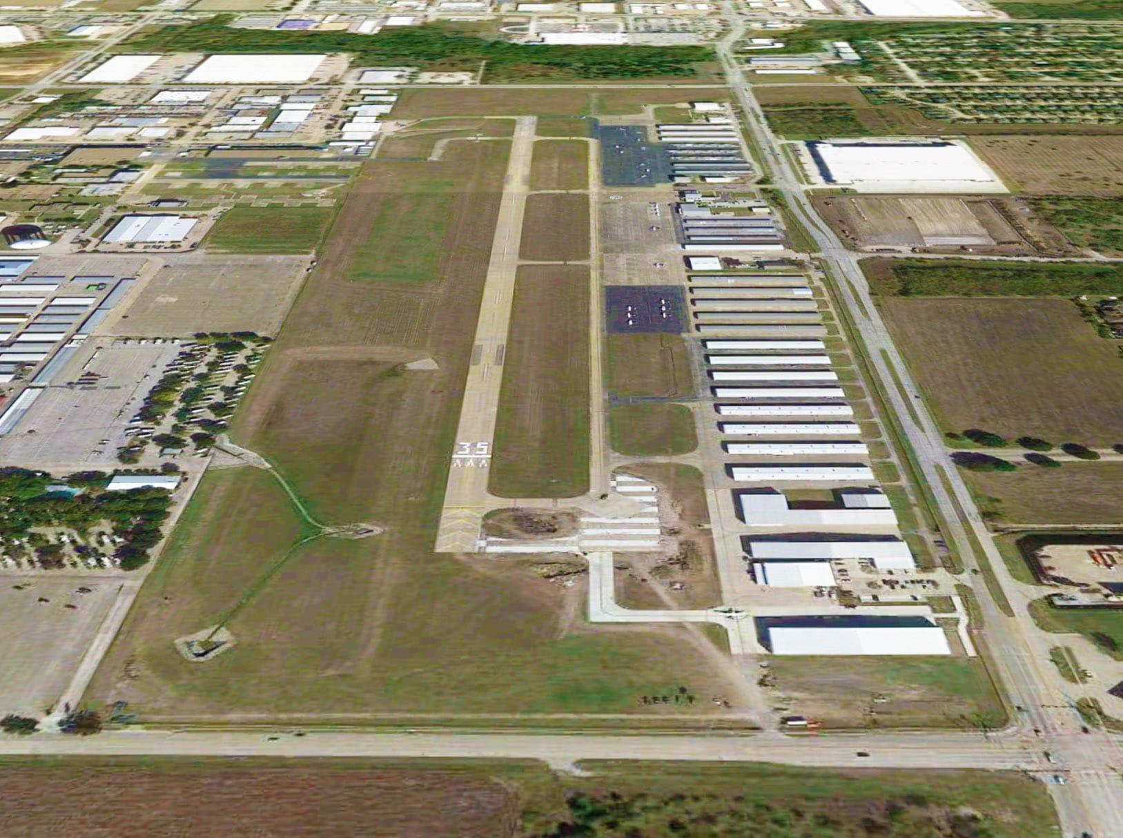 Grand Prairie airport paving
